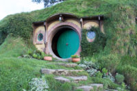 A Tour of Hobbiton - Movie Set Tour 2017